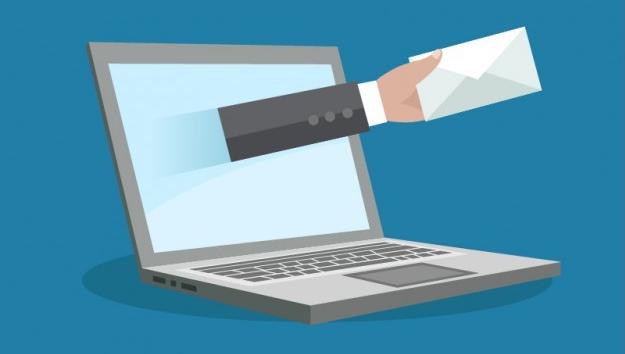 如果是用 E - mail 投递简历,如何给简历加分?
