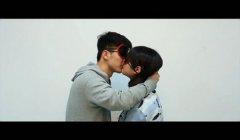 南航大学生发起戴眼罩亲吻陌生人活动